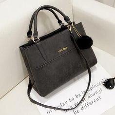 Women Design Matte PU leather Handbag