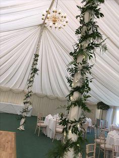 September Wedding Flowers, Seasonal Flowers, Table Decorations, Furniture, Home Decor, Decoration Home, Room Decor, Home Furnishings, Home Interior Design