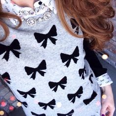 Although I do not like actual bows, I adore bow prints! Very jealous of anyone that owns this sweater.