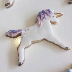 hen party unicorn cookie.jpg