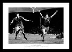 Liverpool FC Toshack & Keegan 1976 League Champions Photo Memorabilia (398)