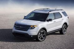 Los Angeles has been decided as the best place to make the Ford Explorer debut. The new 2016 Ford Explorer will be the next generation crossover SUV. 2015 Ford Explorer Sport, Ford Explorer Reviews, Ford Explorer Limited, New Explorer, Rolex Explorer, Ford Motor Company, Car Ford, Ford Trucks, 4 Wheel Drive Suv