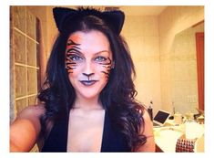 Halloween Fotos, Halloween Make Up, Halloween Face Makeup, Animal Halloween Costumes, Halloween Rave, Fairy Costumes, Halloween Festival, Women Halloween, Halloween Christmas