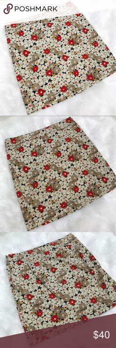 LOFT • Floral Skirt Adorable, perfect for fall floral print skirt. Zip back. Would be perfect paired with over the knee boots for fall. Excellent condition. No trades. LOFT Skirts Pencil