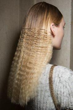 Come pettinarsi a un concerto, le 10 tendenze capelli più cool da provare - Capelli - Bellezza - Marieclaire