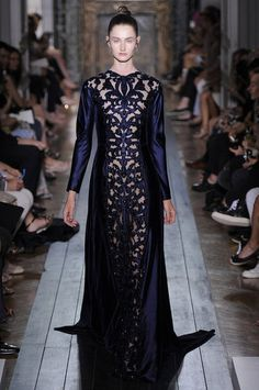 Valentino Couture Fall 2012 Collection - A piece of art to wear.