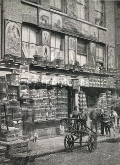 An East London pet store in the with a wall of caged song-birds at Club Row. The Huguenots were known for loving caged birds. My dad did too. Victorian London, Vintage London, Old London, Victorian Life, East London, London 1800, Victorian History, Victorian Street, Victorian Photos