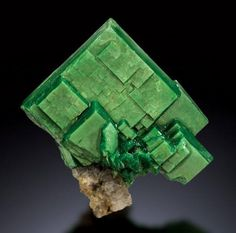 Torbernite Minerals And Gemstones, Crystals Minerals, Rocks And Minerals, Stones And Crystals, Diamond Quartz, Cool Rocks, Mineralogy, Nature Pics, Natural Crystals