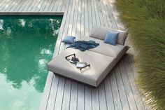 Contemporary Outdoor Loungers from Lime Modern Living. Find a range of great modern outdoor furniture from our contemporary furniture store. Modern Outdoor Sofas, Modern Patio, Outdoor Spaces, Outdoor Living, Outdoor Loungers, Outdoor Daybed, Outdoor Lounge Furniture, Beach Furniture, Wicker Furniture