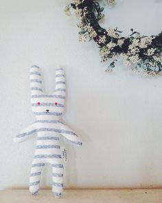 Tシャツうさぎの作り方|ぬいぐるみ|ぬいぐるみ・人形|アトリエ|手芸レシピ16,000件!みんなで作る手芸やハンドメイド作品、雑貨の作り方ポータル