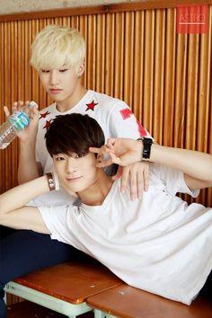 [02.11.2015] Astro Fancafe - JinJin e Moon Bin