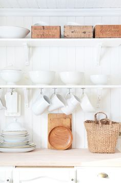 Contrasts from a swedish home.. Maybe above the sink in the remodel but with a plate rack too