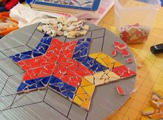 How to make your own mosaics - perfect garden path stones and a summer project for the kids!