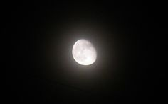 Photograph the moon with a Canon PowerShot A3100 IS [Stellar ...
