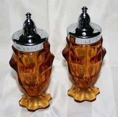 Vintage Deep Rich Amber Glass Large Collectible Salt and Pepper Shakers | eBay