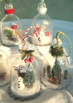 Crafty Afternoon - Snow Dome Ornaments - what a great difference. Christmas Snow Globes, Christmas Jars, Homemade Christmas, All Things Christmas, Vintage Christmas, Christmas Holidays, Ornament Crafts, Diy Christmas Ornaments, Christmas Projects