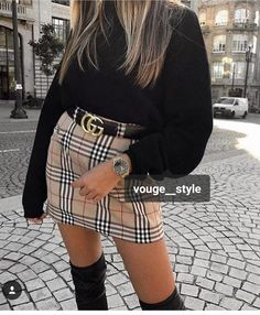 Plaid Skirt Outfits You Need To Copy Right Now I love plaid skirt outfits like this! Perfect outfit for the fall or winter!I love plaid skirt outfits like this! Perfect outfit for the fall or winter! Look Fashion, Fashion Outfits, Womens Fashion, 90s Fashion, Catwalk Fashion, Fall Fashion, Gucci Fashion, High Street Fashion, Classy Fashion