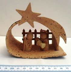 Risultati immagini per töpfern anregungen weihnachten Christmas Nativity Scene, Nativity Crafts, Merry Christmas To All, A Christmas Story, Nativity Scenes, Wine Cork Ornaments, Wine Cork Crafts, Cork Art, Christmas Decorations