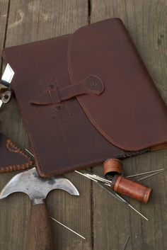 Hand Stitched Leather iPad/iPad 2 Case by JWLeathersmith on Etsy, $175.00