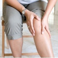 8 Effective Home Remedies For Knee Pain