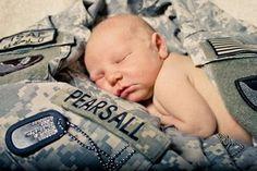 Army newborn photos