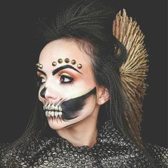 The scariest part about Halloween is the possibility of running out of setting spray. Halloween Looks, Halloween Face Makeup, Setting Spray, Scary, Actresses, Grimm, Fashion Beauty, Running, Model