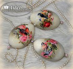 ptaszki na gałązkach róży - motywy do jajek decoupage