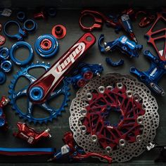 As a beginner mountain cyclist, it is quite natural for you to get a bit overloaded with all the mtb devices that you see in a bike shop or shop. There are numerous types of mountain bike accessori… Bmx Bike Parts, Mtb Bike, Bmx Bikes, Mtb Parts, Velo Design, Bicycle Design, Cool Bicycles, Cool Bikes, Mountain Bicycle