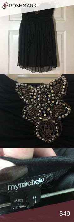 ⬇️🐾❄️ MY MICHELLE EMBELLISHED STRAPLESS DRESS jr Bandeau style bust with beaded embellishment on the front, zipper back, and lots of flowing ruffles on the front & back! My Michelle Dresses Strapless