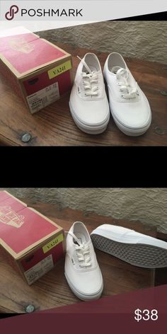 separation shoes b9a1a 9d7a4 Brand New Vans! White Vans (womens) Size 7 but fits for 6 or 6 Vans Shoes  Sneakers