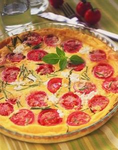 Clafoutis aux tomates cerises, courgettes, et chèvre frais
