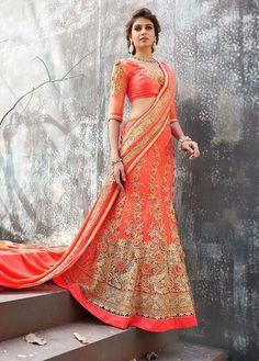 Lovely #Desi Bridal #Lehenga in Peach & Gold