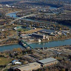 "@Edmontonian Journal's photo: ""An aerial photo shows the Walterdale Bridge and construction of the new bridge along the North Saskatchewan River in Edmonton on Oct. 18, 2013. Photo by Ed Kaiser, Edmonton Journal #latergram #bridge #aerial #river #construction #yeg #edmonton #alberta #canada"""