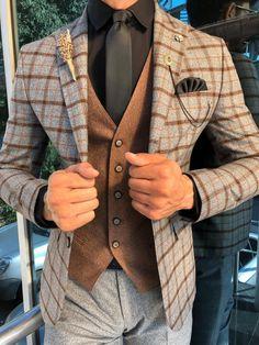 Best formal suits for men in business Top formal suits men prom Formal suits for men in black Plaid Suit, Suit Vest, Classy Suits, Classy Men, Mens Fashion Suits, Mens Suits, Designer Suits For Men, Stylish Mens Outfits, Formal Suits
