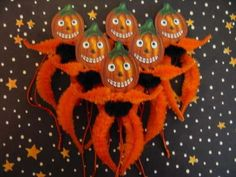 Primitive Vintage Style Halloween Pumpkin Ornaments Chenille Feather Tree new