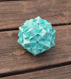 Sakuradama – Cherry Blossom Ball Kusudama by Tomoko Fuse | Origami Tutorials