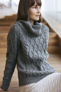 Feb 2020 - 48 free aran sweater knitting pattern Patterns ⋆ Knitting Bee free knitting patterns) Easy Sweater Knitting Patterns, Free Knitting Patterns For Women, Aran Sweaters, Cable Knit Sweaters, Vogue Knitting, Sweater Design, Pulls, Blouse, Cowl Neck