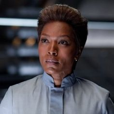 Arrow Season 2 Will Feature DC Comics Villain Amanda Waller -- Set to be a recurring character, this yet-to-be-cast agent of A.R.G.U.S. will be introduced in the sixth episode of the season. -- http://wtch.it/Xpn7k
