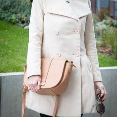Dresslily beige coat - Tina Chic