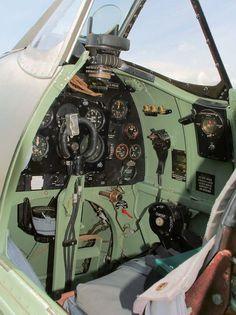 Supermarine Spitfire F VB Navy Aircraft, Ww2 Aircraft, Fighter Aircraft, Military Aircraft, Us Air Force, Royal Air Force, Hawker Hurricane, Luftwaffe, Fighter Pilot