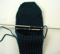 Ruční práce, ručně dělané výrobky, vyrobené dárky, návody Knitted Hats, Beanie, Knitting, Knit Hats, Tricot, Knit Caps, Beanies, Stricken, Knitwear