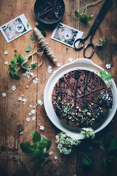 https://flic.kr/p/rLNSLq | Vegan no bake chocolate mousse cake