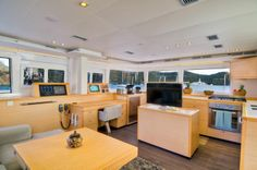 BVI Yacht A2 - Review of a luxury yacht -
