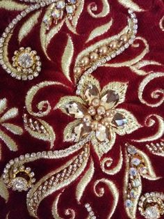 Zardozi Embroidery, Tambour Embroidery, Hand Work Embroidery, Embroidery Suits, Embroidery Fashion, Hand Embroidery Designs, Ribbon Embroidery, Embroidery Stitches, Embroidery Patterns