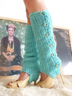 Crochet Leg Warmers with Stirrups by by mademoisellemermaid