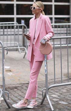Brilliant jeans style summer outfits collection - - fashion style fashion show fashion week runway catwalk trend beauty lifestyle moda models mode trends clothing fashionista spring summer collection designer bikini cana Pink Fashion, Fashion Week, Fashion Looks, Fashion Outfits, Womens Fashion, Fashion Trends, Style Fashion, Fashion Mode, Fashion Pics