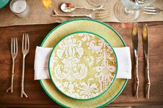 Fresh yellow & green wedding inspiration by Amy Burke Designs at Viansa  Winery. Tinywater Photography, http://tinywater.com