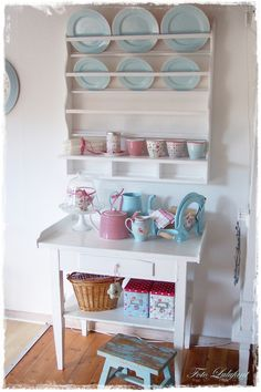 Cute plate rack with pastel plates