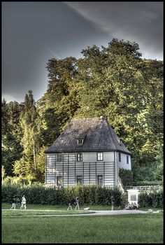 Johann von Goethe's Gartenhaus, in the Park an der Ilm Great Places, Places To See, Places Ive Been, Beautiful Places, Pictures Of Germany, Broad City, Beautiful Architecture, Germany Travel, Frankfurt