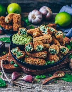 Croquettes with Spinach (gluten-free Vegan Croquettes with Spinach and Bechamel.Vegan Croquettes with Spinach and Bechamel. Healthy Gluten Free Recipes, Vegan Gluten Free, Vegetarian Recipes, Vegan Recipies Dinner, Vegan Dinner Party, Vegetarian Lasagne, Healthy Vegan Snacks, Fast Recipes, Vegan Foods